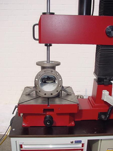 обработка корпуса задвижки на unigrind STM 500